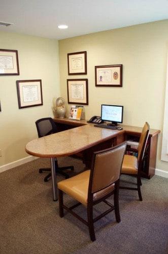 Consult Desk